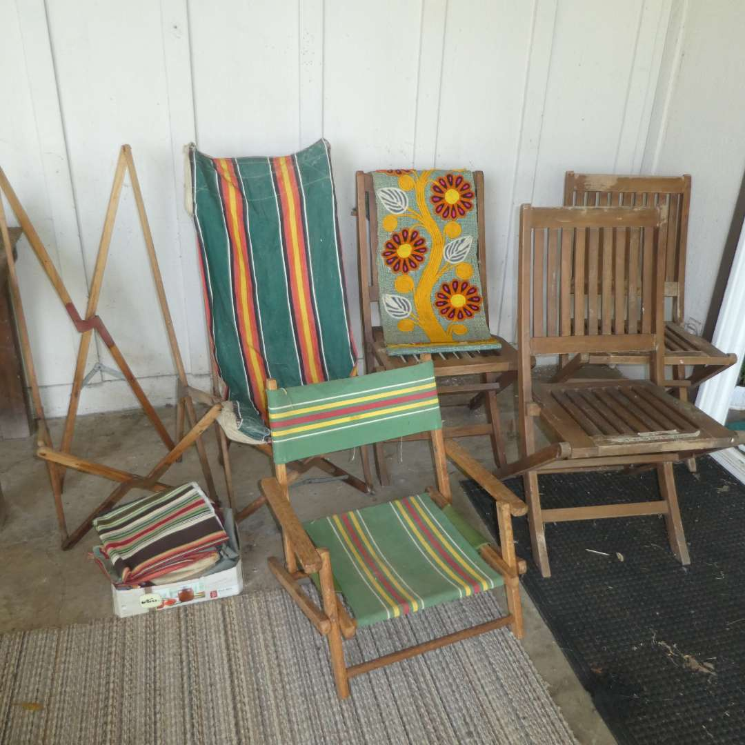 Lot # 130 - Vintage Outdoor Folding Chairs & Adorable (Groovy Wall Hanging)  (main image)