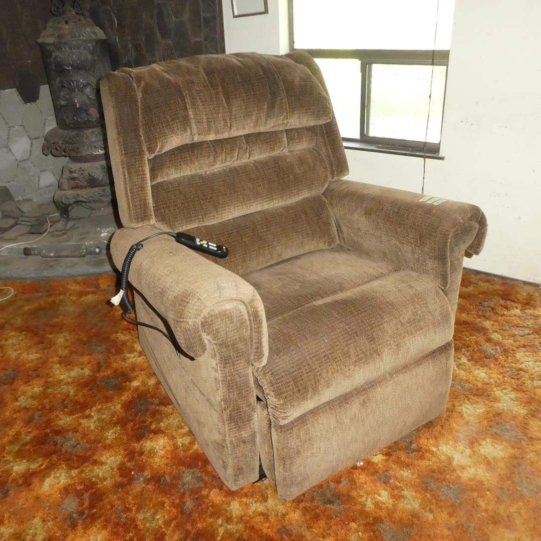 Lot # 50 -Beige Power Lift & Recline Chair Made by Golden - Works  (main image)