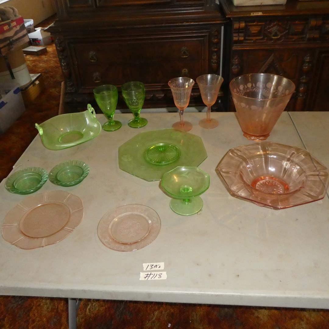 Lot # 118 - Vintage Depression Glass - 13 Pieces (main image)