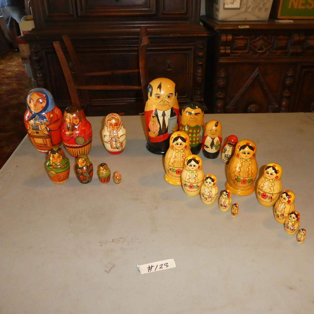 Lot # 128 -Vintage Russian Nesting Dolls  (main image)