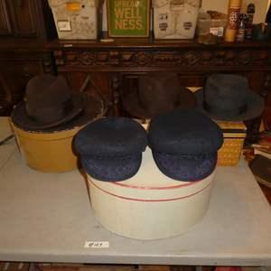Lot # 129 - Men's Vintage Hats Collection & Hat Boxes