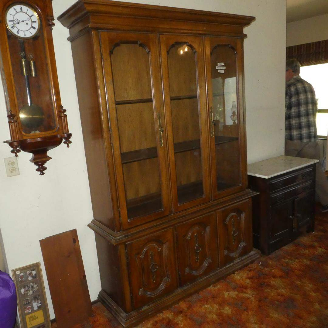 Lot # 134 - Vintage Solid Wood China Cabinet Hutch (Dovetailed Drawer) (main image)