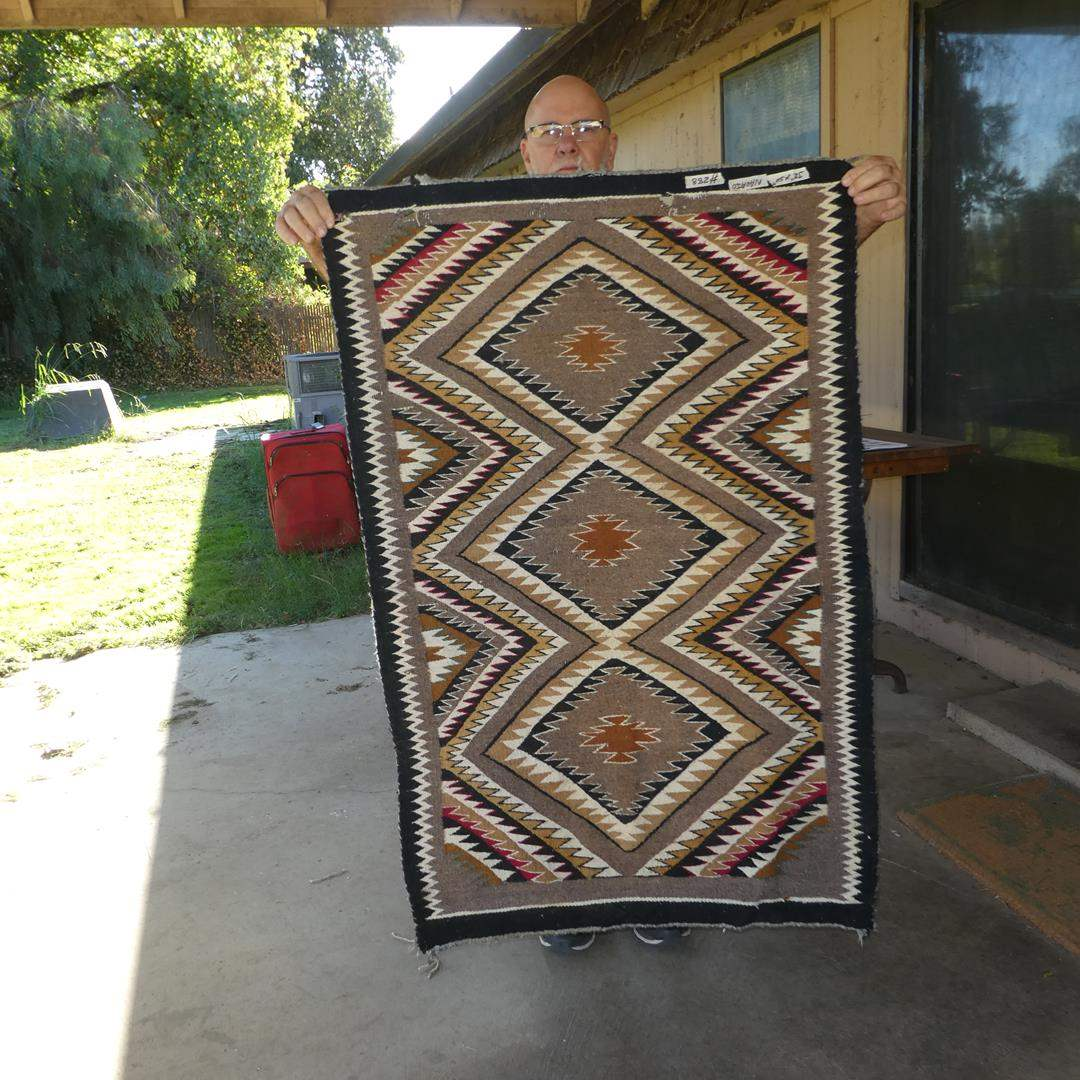 Lot # 288 - Vintage Navajo Rug (main image)