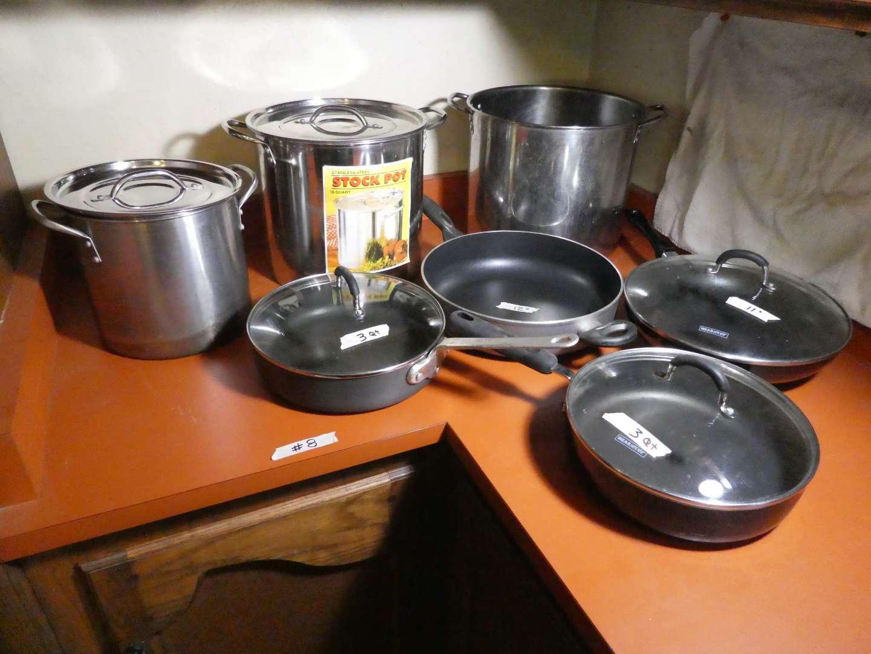 Lot # 8 - Pots & Pans (main image)