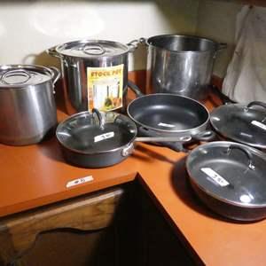 Lot # 8 - Pots & Pans