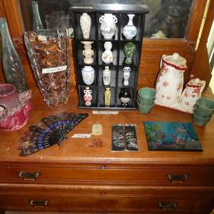 Lot # 35 - Miniature Japanese vases,