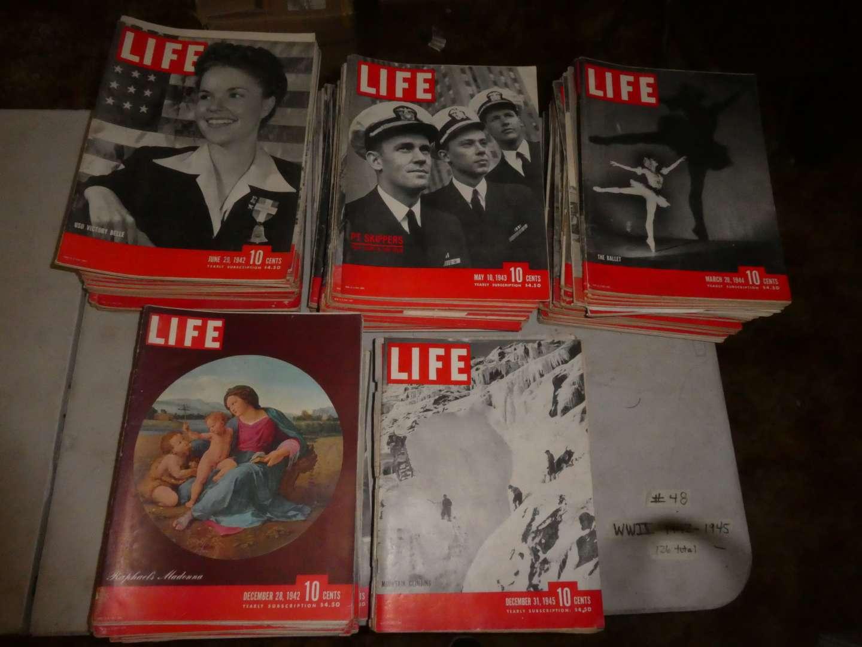 Lot # 48 - WWII Era LIFE Magazines  (main image)