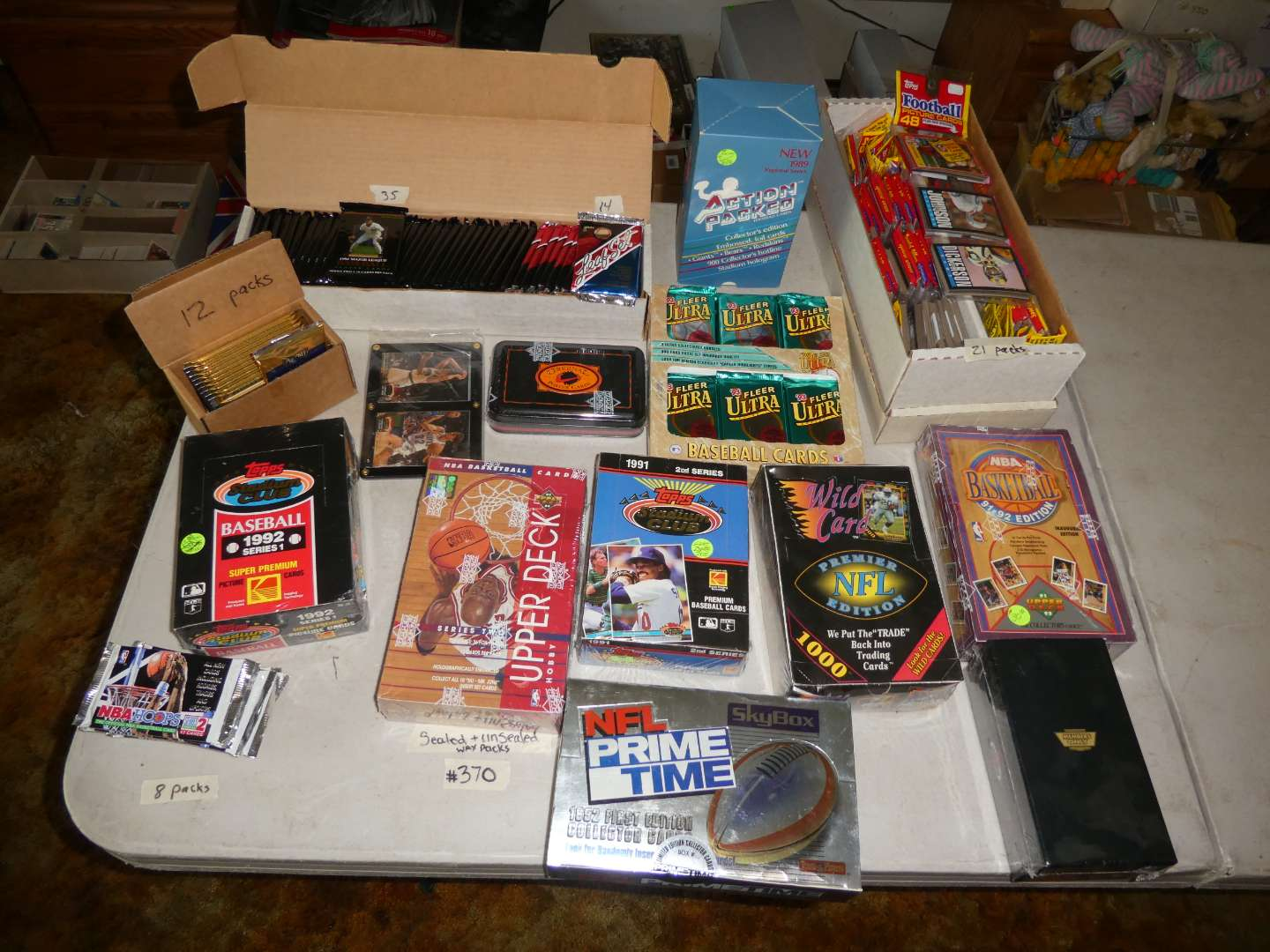 Lot # 370- 1980's & 1990's Sports Cards (main image)