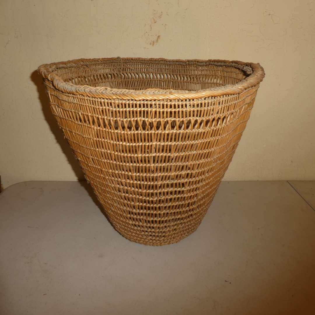 Lot # 197 - Local Northern California Native American Gathering Basket (main image)