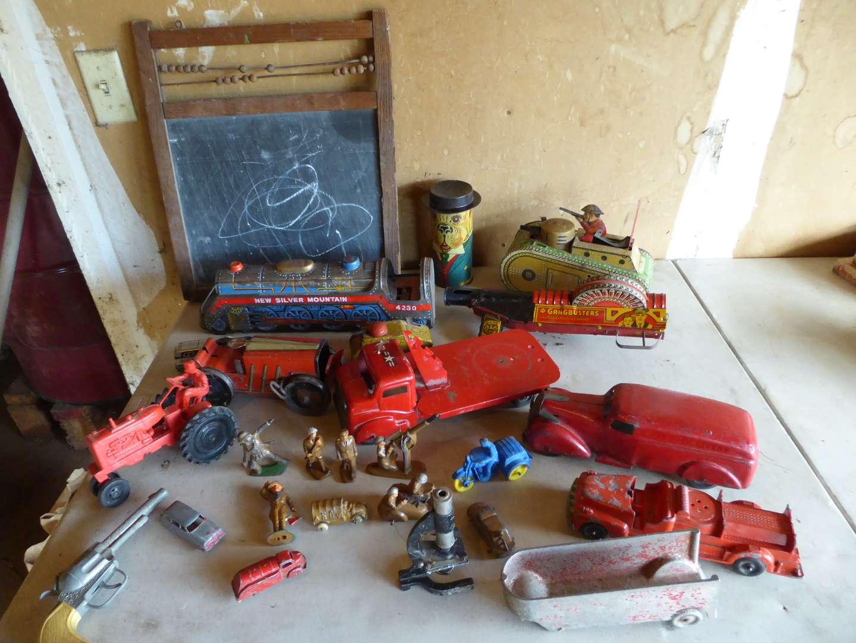 Lot # 442 - Adorable Vintage Toys (main image)
