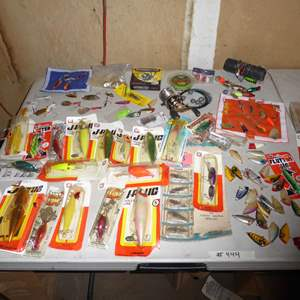 Lot # 444 - Various Fishing Lures and Cabelas Classic Reel