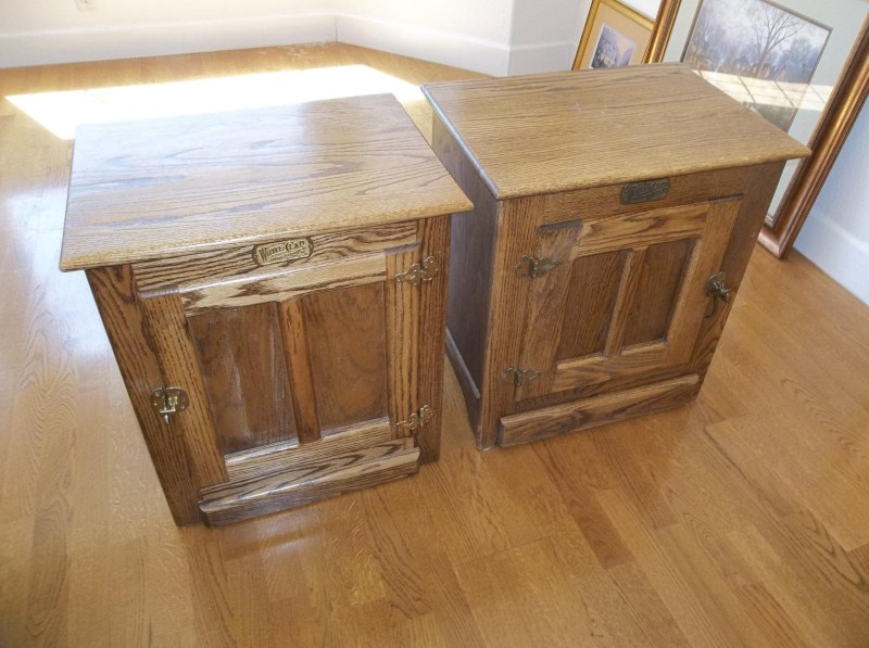 2 Vintage White Clad End Tables  (main image)
