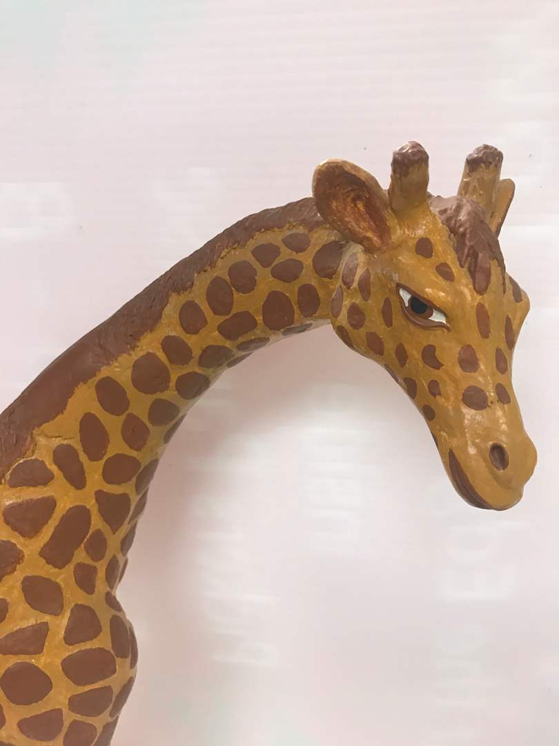 Lot # 37 - Vintage Plaster Art, Mama Giraffe with Baby (main image)