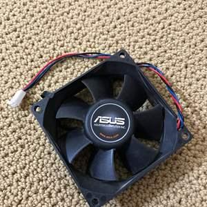 Lot # 5 - Computer AUSU Fan