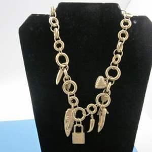 Lot # 11 - Vintage Charm Necklace