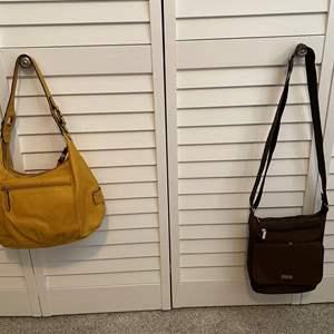 Lot #8- Tignanello Leather Handbag, Baggallini Crossbody Purse, gently used. in great shape.