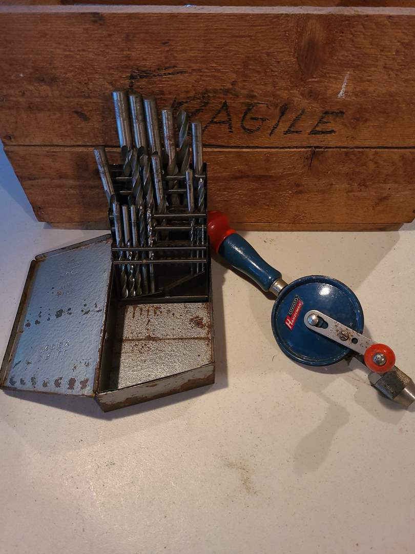 Lot# 21 - Vintage Hand Crank Drill and Bits * Tools (main image)