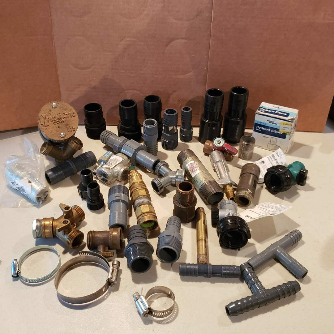"""Lot# 26 - Misc Plumbing * Water Flo * Irrigation Fittings * 1 1/2"""" Flo Matic (main image)"""