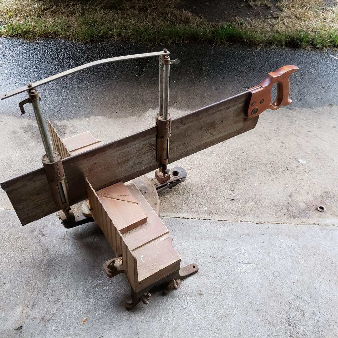 Lot# 36 - Stanley Mitre Saw * Tool (main image)