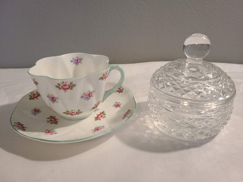 Lot# 155 - Shelley England Rosebud Tea Cup & Saucer * Beautiful glass sugar bowl?  (main image)