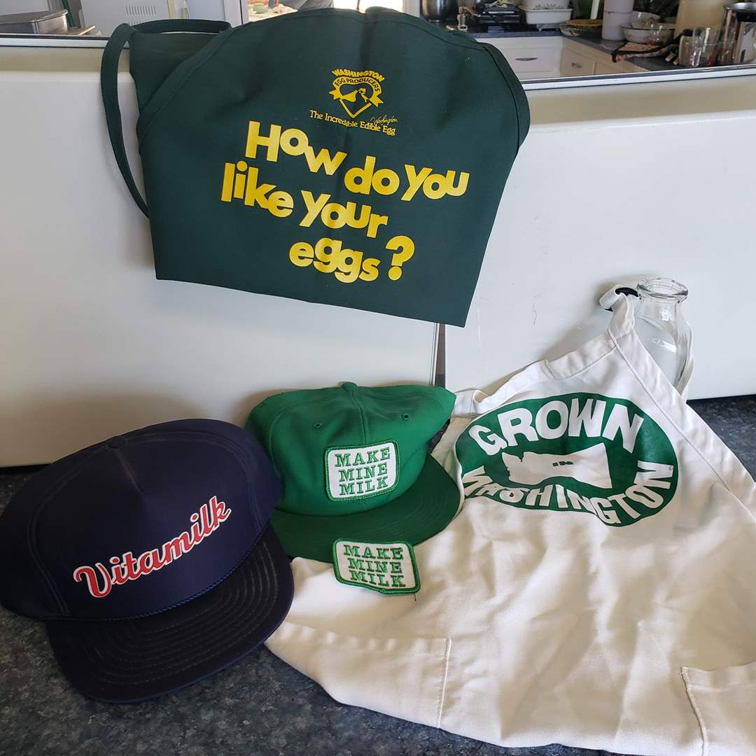 """Lot# 112 - """"Grown in Washington"""" Milk and Egg Marketing Garb * Hats * Aprons * Patch (main image)"""