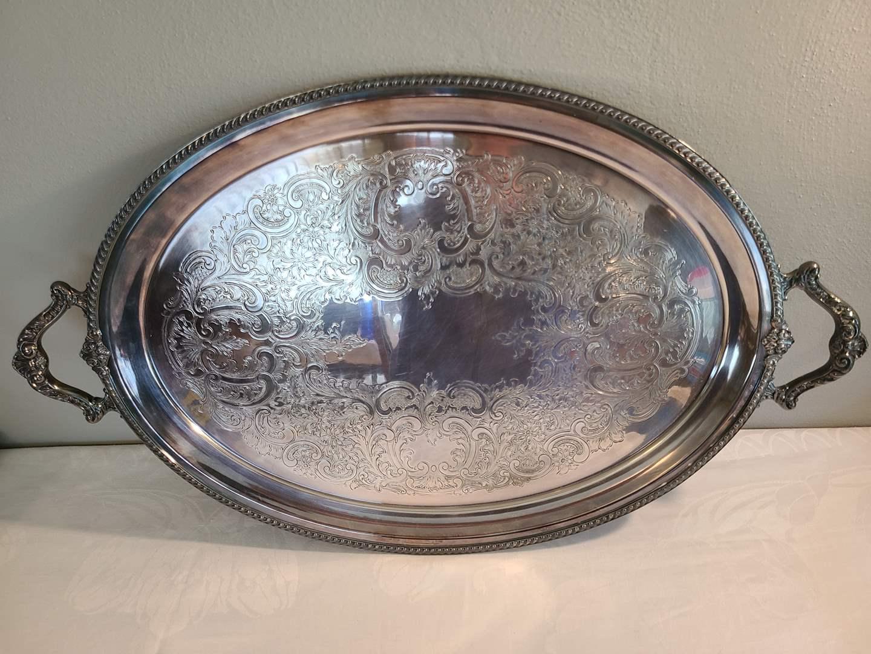 Lot# 149 - Beautiful Wallace Silver-plate Tray (main image)