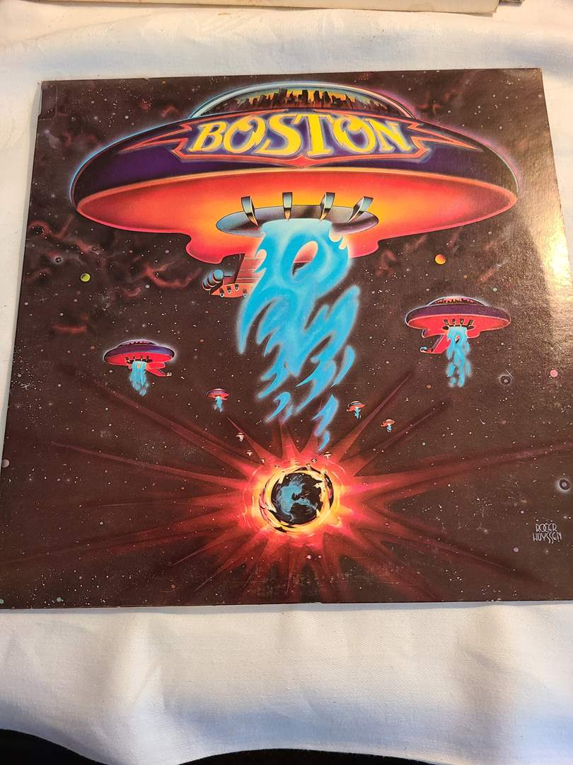 Lot# 128 - Boston Record LP Album * Records are in really good condition * Cover is musty & OK Condition (main image)