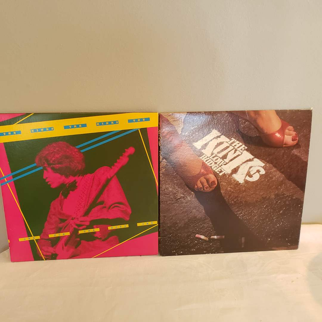 Lot# 125 - The KINKS 2 Record Albums LP's * One for the Road * Low Budget (main image)