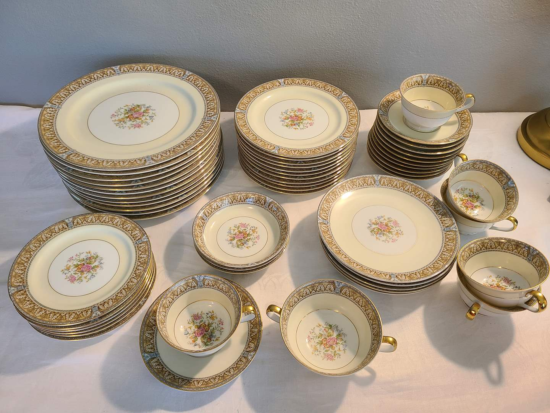 Lot# 169 - Very Large Noritake China Set in nice condition (main image)