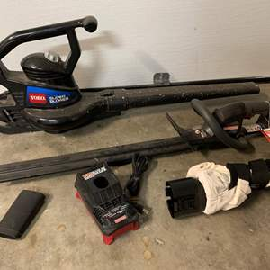 Auction Thumbnail for: Lot #148 - Toro Super Blower and Craftsman Hedge Trimmer 19.2 Volt