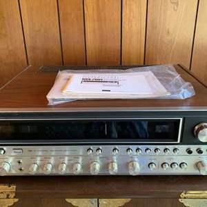 Lot #15 - Vintage Sansui QRX-7001  4 Channel Receiver