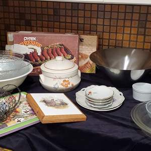 Lot #50 - Trivet, Decorative Dishes, Covered Dish, Pyrex, Wicker Ware, Bowls, Trays