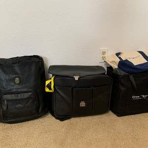 Lot #152 - Computer Bags and Assortment of Tote Bags