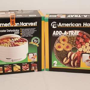 Lot #273 - American Harvest Snackmaster Dehydrator 2400 and Extra Trays
