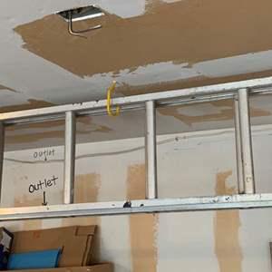 Lot #322 - Aluminum Extension Ladder