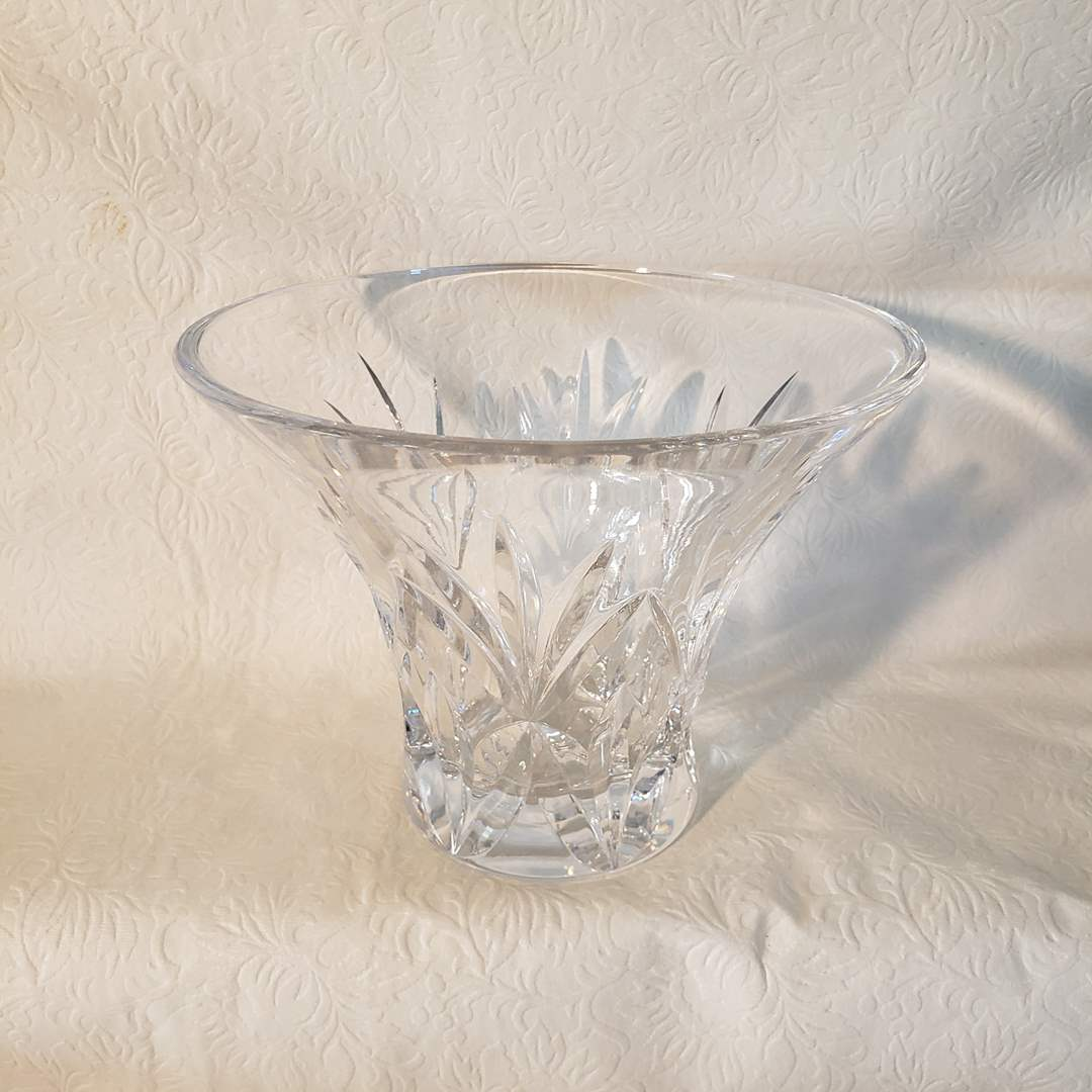 Lot#34 - Waterford Crystal Boeing Gift Piece (main image)