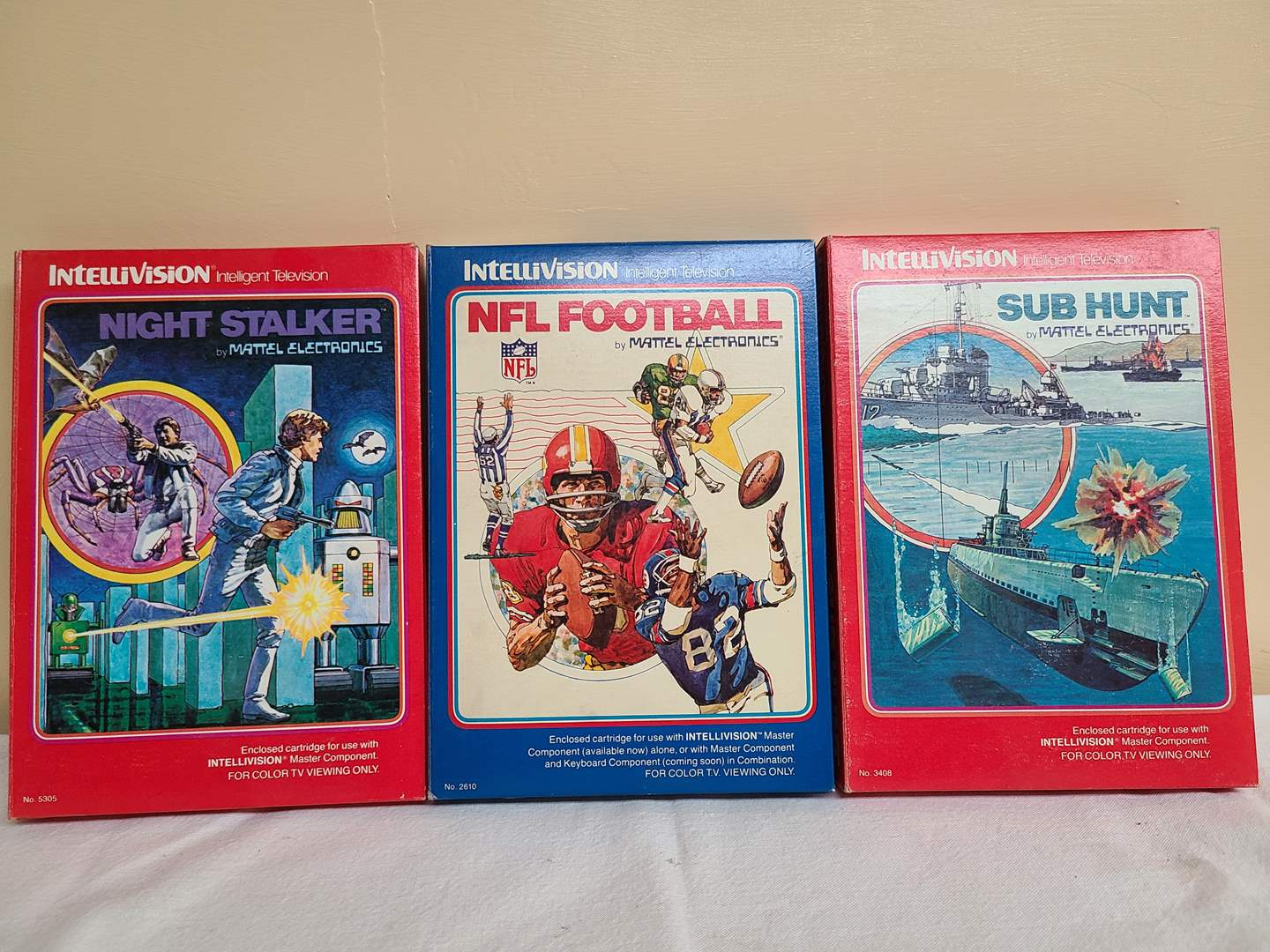 Lot#136 - Intellivision Video Games * Night Stalker * Sub Hunt * NFL Football (main image)