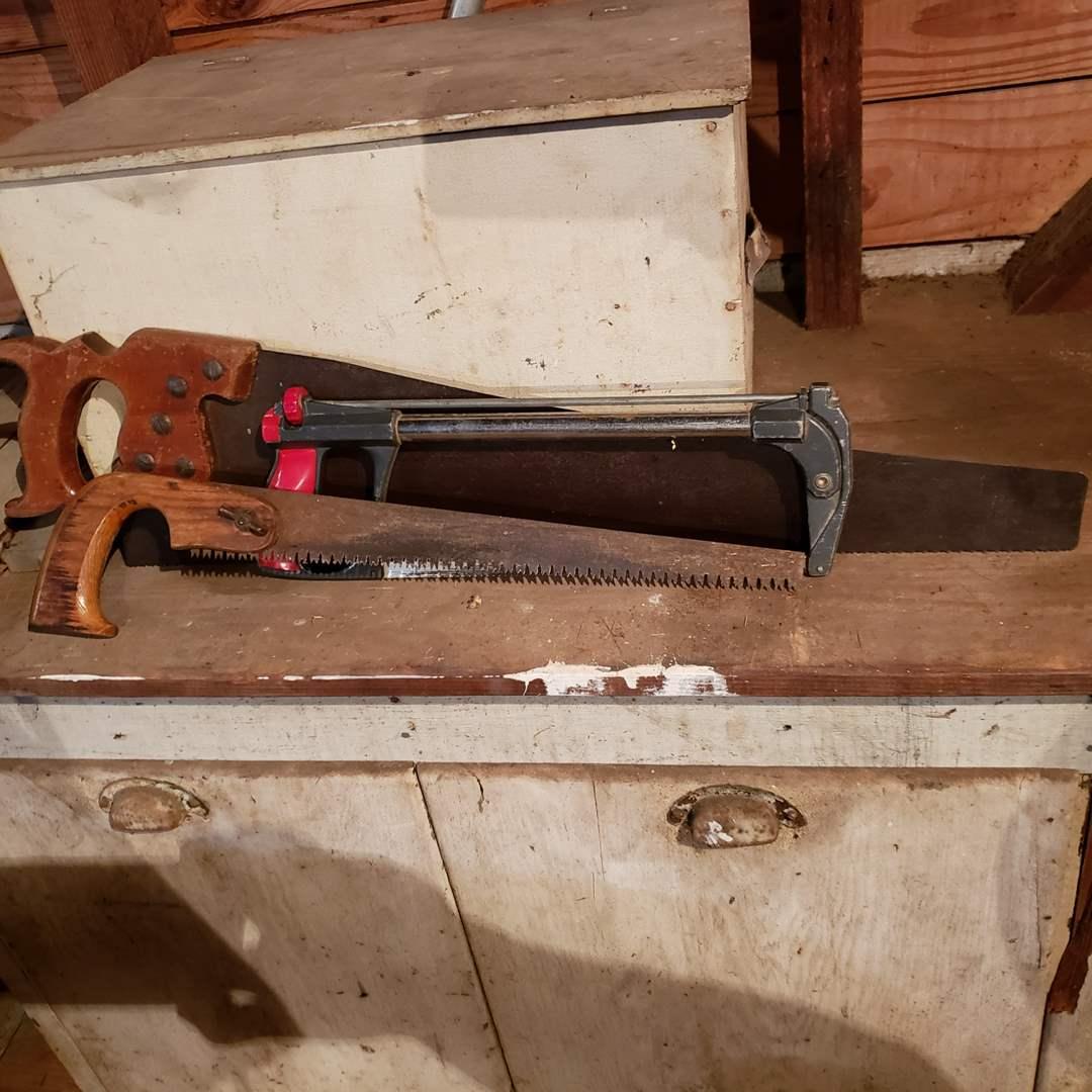 Lot#174 - 3 Saws * Tools (main image)