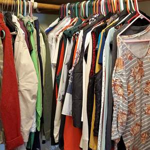 Auction Thumbnail for: Lot #56 - Women's Clothing, Approx. 80 Pieces: Vests, Tops, Mostly Medium