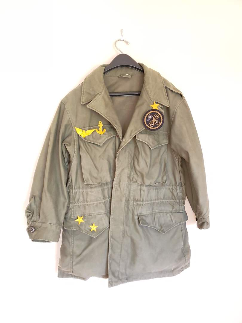 Lot # 83 - Vintage Military Jacket Size Large * Vintage Military Patches (main image)