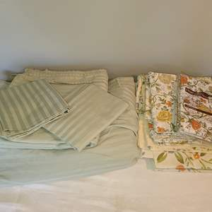 Lot # 127 - Sea Green Striped Double sheet set * Other vintage bedding pieces