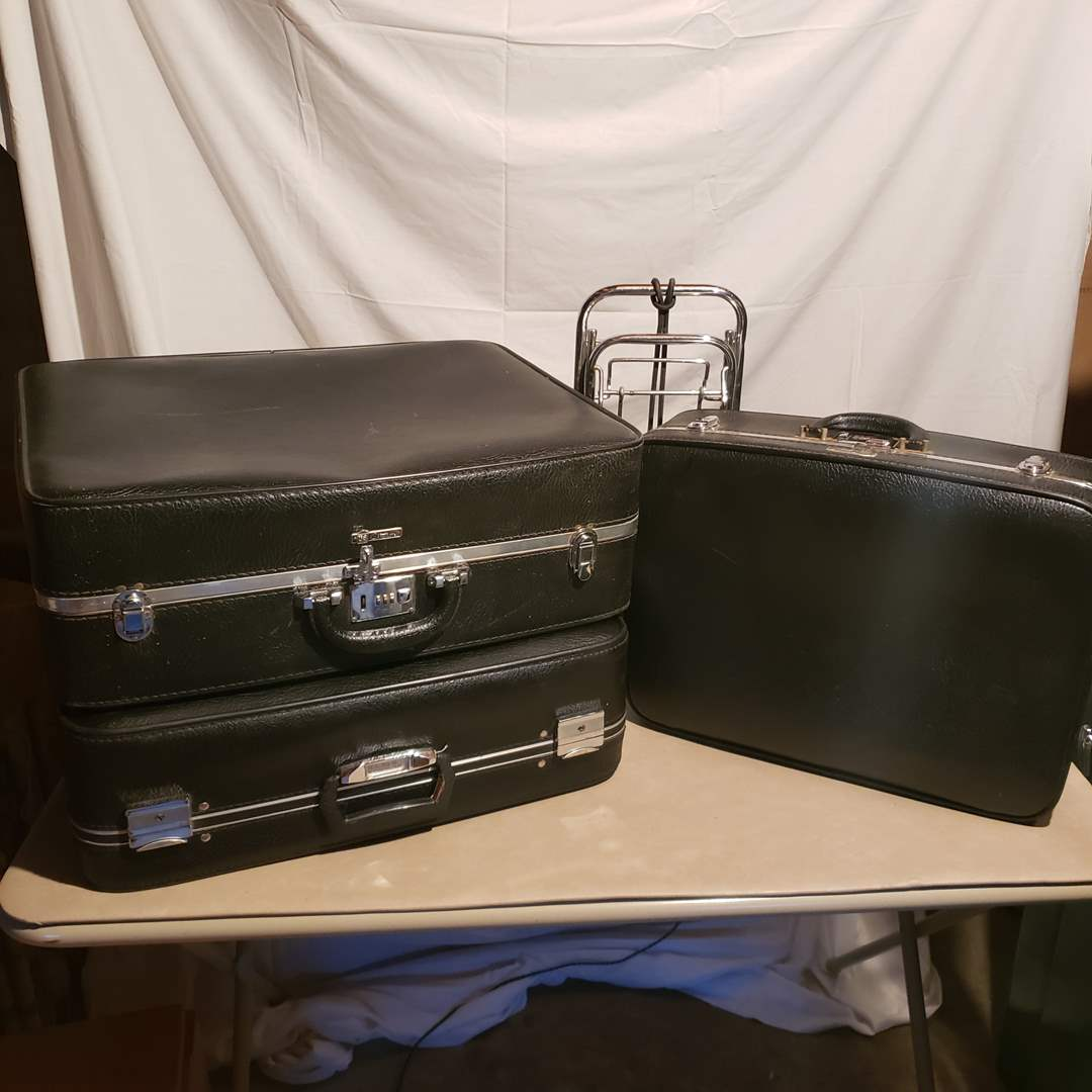 Lot # 145 - Vintage Citation Luggage with Combination Locks * Small Luggage Cart (main image)