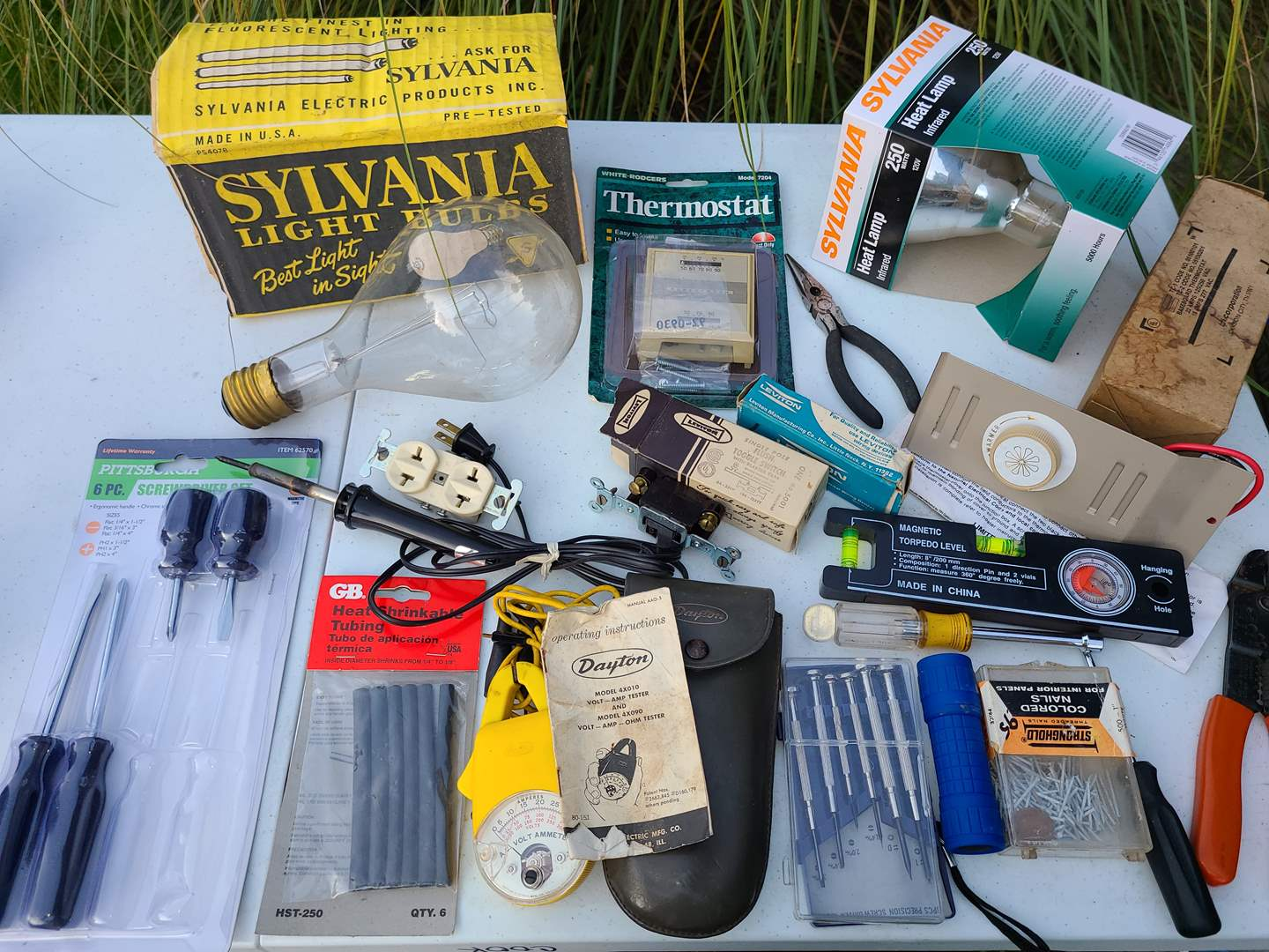 Lot # 15 - Tools * Home Basic Electrical Lot * All homes need these items! (main image)