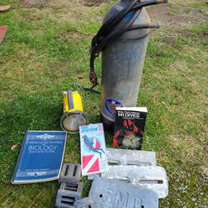 Lot # 10 - Scuba Dive Lot * Tank (Old...needs to be certified) * Dive Book * Decal / Sticker * Belt Weights