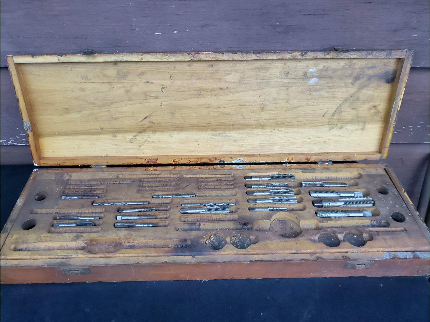 Lot # 35 - Tools * Reamer Kit (main image)