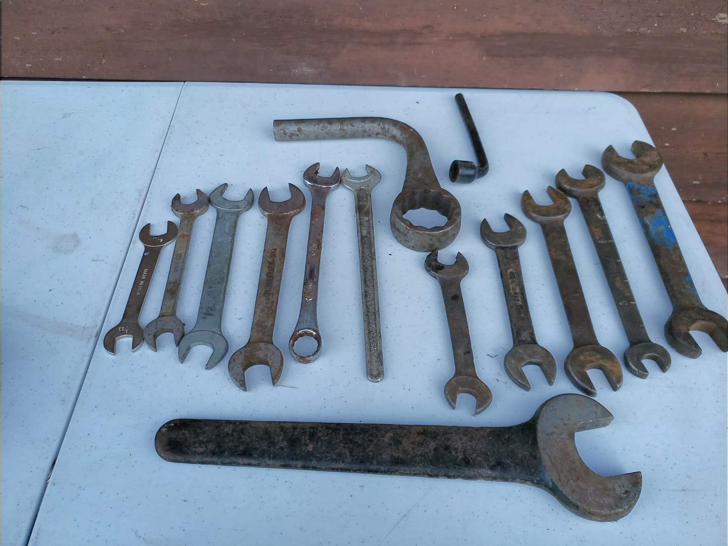 Lot # 37 - Tools * Wrench Set * Vintage Wrenches * Williams * Bonney * Ford (main image)