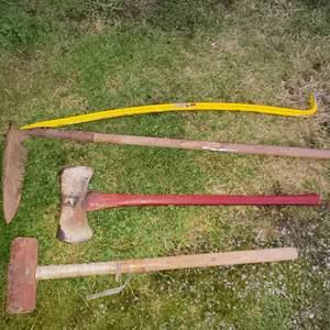 """Lot # 4 - Tools * 48"""" Cobra-Bar * Axe * Sledgehammer * Shovel"""