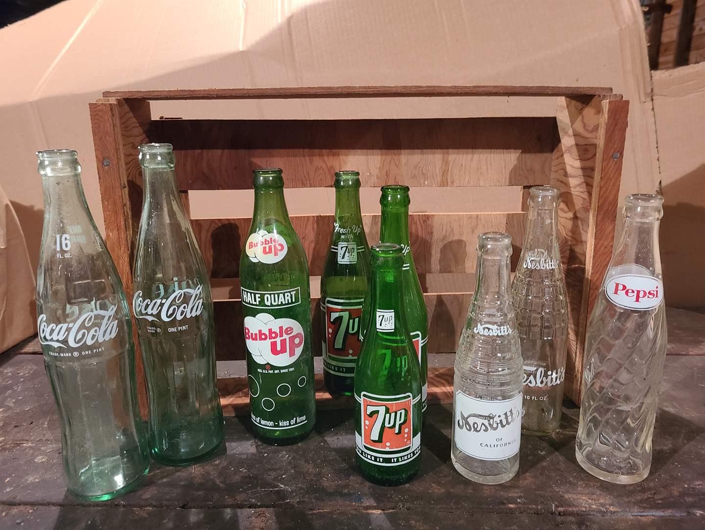 Lot # 46 - Vintage Bottles * Bubble Up * 7UP * Pepsi * Coke * Nesbitts (main image)