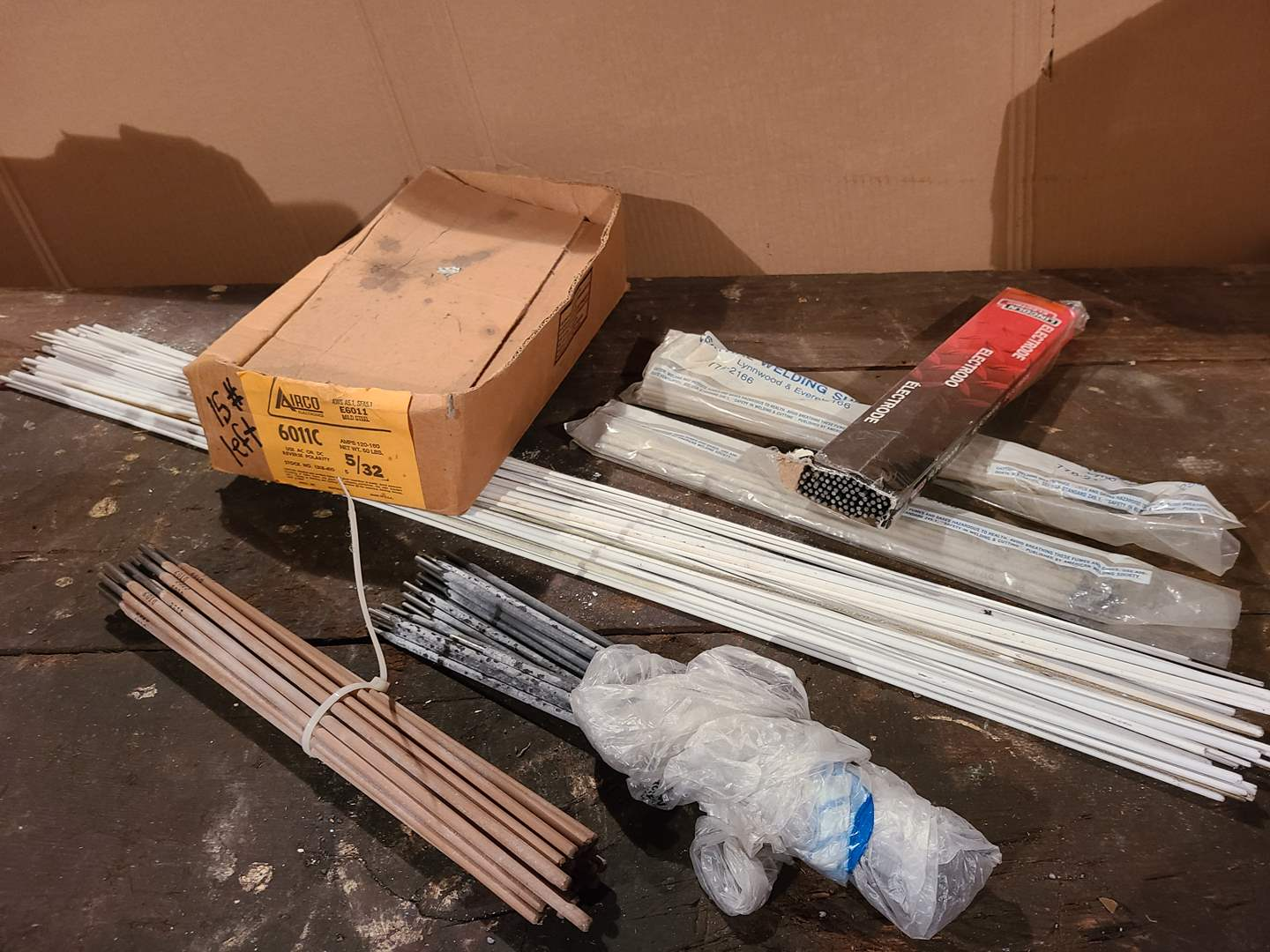 Lot # 47 - Tools * Welding and Electrode Rods (main image)