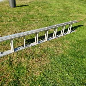 Lot # 63 - 8' Extension Ladder